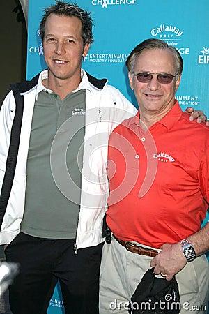 Fredrik Jacobsen en George Fellows bij de Uitdaging die van de Stichting van het Golf Callaway aan Kanker van de Stichting van de Redactionele Fotografie