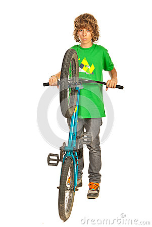 Freestyle teen biker