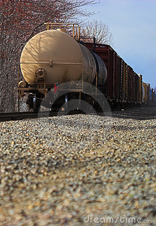 Free Freight Train Royalty Free Stock Image - 1289216