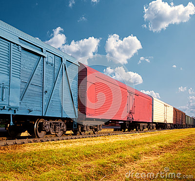 Free Freight Train Royalty Free Stock Photography - 33077357