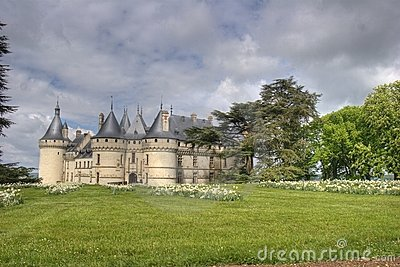 French castle and his garden