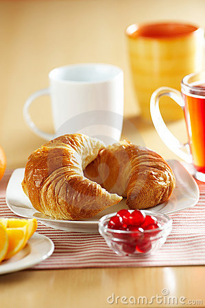Free French Croissant Royalty Free Stock Photography - 7435707