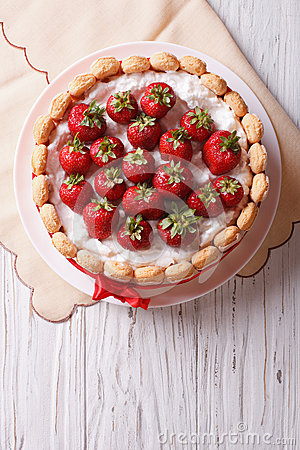 Free French Fresh Strawberry Charlotte Cake. Vertical Top View Stock Photos - 58053603