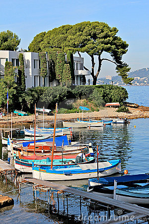 Free French Riviera - Boats Near Wharf Royalty Free Stock Image - 20562316