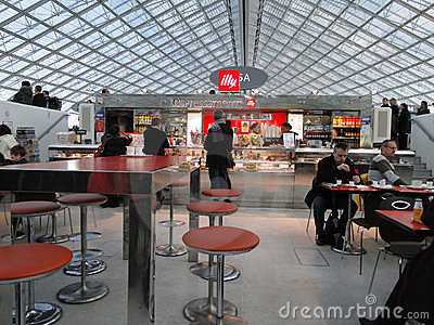 French travelers enjoy breakfast Editorial Stock Image