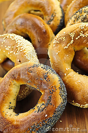 Free Fresh Bagels Royalty Free Stock Images - 5569709