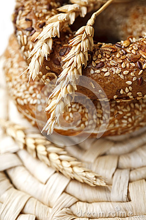 Free Fresh Bagels Royalty Free Stock Images - 66925369