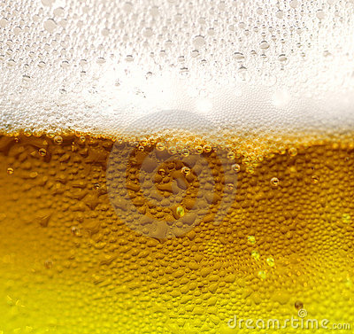 Free Fresh Beer Stock Images - 10392204