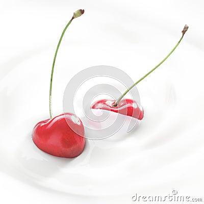 Free Fresh Cherries In Cream Or Yoghurt Royalty Free Stock Photography - 25291877