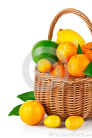 Free Fresh Citrus Fruit In The Basket With Green Leaf Royalty Free Stock Image - 28604126