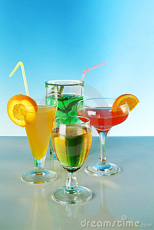 Free Fresh Drink Cocktail Royalty Free Stock Images - 2553639