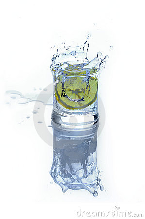 Fresh drink - water with lime and ice