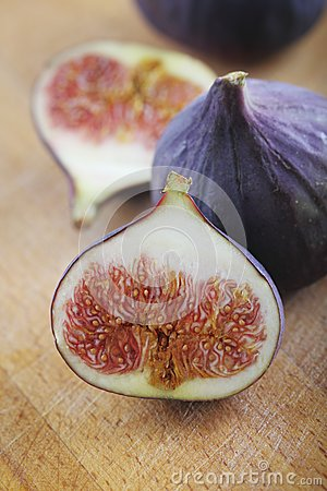 Fresh Figs Stock Photos - Image: 16210543