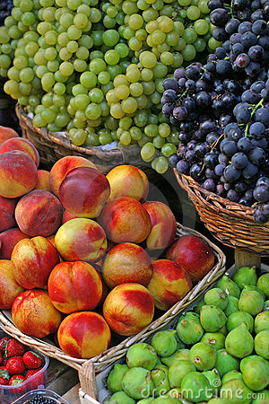 Free Fresh Fruit Stock Photos - 3179063