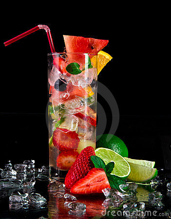 Free Fresh Fruit Cocktail Royalty Free Stock Photo - 24114845
