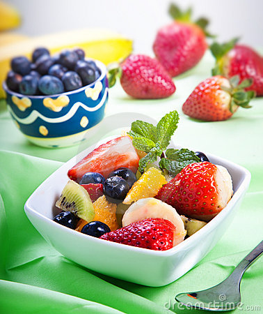 Free Fresh Fruit Salad Royalty Free Stock Photography - 23253467