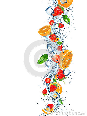 Free Fresh Fruits With Water Splash. Royalty Free Stock Images - 41594469