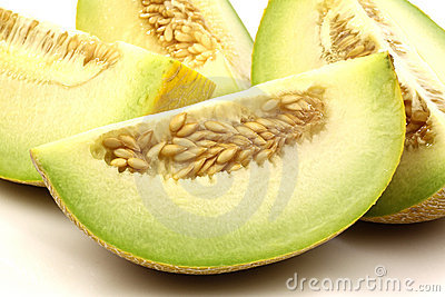 Fresh galia melon pieces