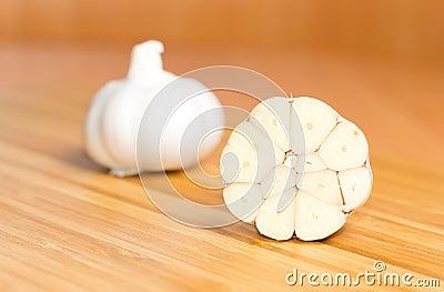 how to keep garlic cloves fresh