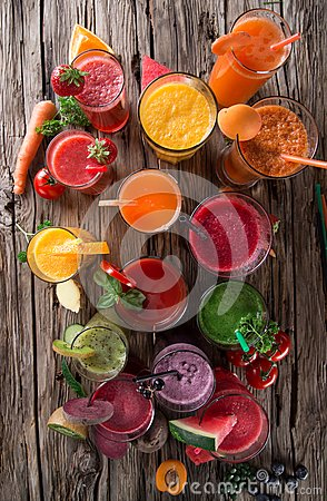 Free Fresh Juice Mix Fruit Royalty Free Stock Photography - 42545777