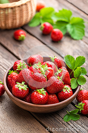 Free Fresh Juicy Strawberries With Leaves. Strawberry. Stock Photos - 94595303
