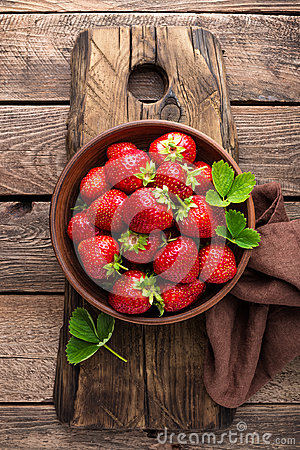 Free Fresh Juicy Strawberries With Leaves. Strawberry. Stock Image - 94595631