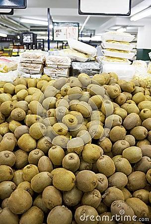 Fresh Kiwi Fruits for Sale
