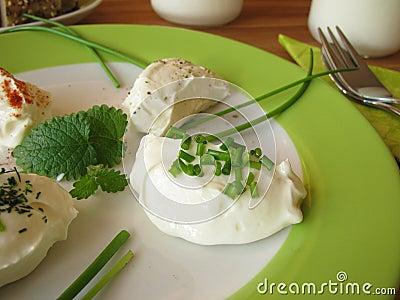 Fresh Labneh - Strained yogurt