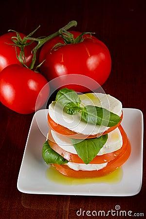 Free Fresh Mozzarella And Tomato Salad Royalty Free Stock Photography - 29744687
