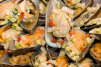 Fresh mussels with onions