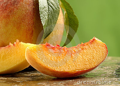 Fresh peach slices