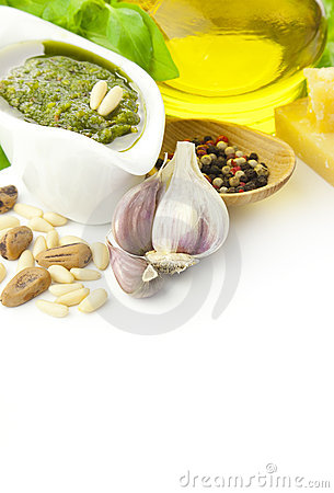 Free Fresh Pesto And Its Ingredients / Vertical Stock Photos - 20747943