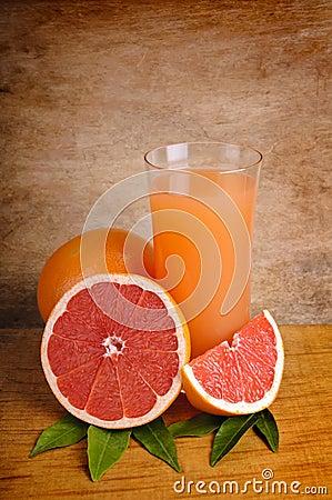 Free Fresh Pink Grapefruit Juice Royalty Free Stock Photo - 17672585