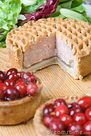 Free Fresh Pork Pie Royalty Free Stock Photo - 7111075