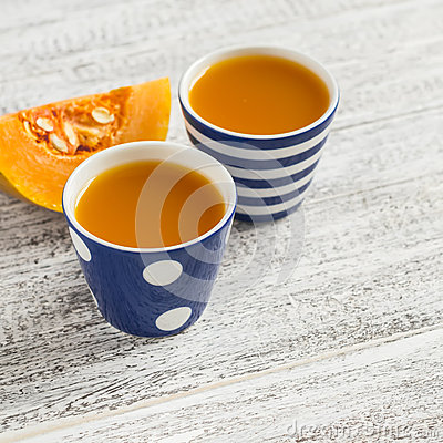 Free Fresh Pumpkin Juice In Vintage Ceramic Cups Royalty Free Stock Photos - 63005898