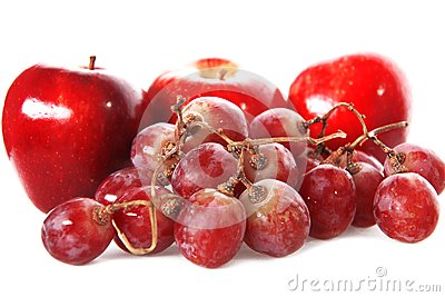 Fresh red grape and apples