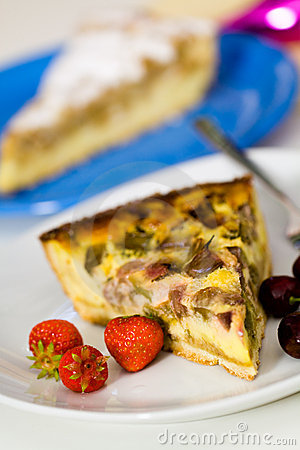 Free Fresh Rhubarb Cake With Strawberry And Cherry Royalty Free Stock Photography - 14884997