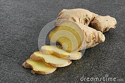Fresh root ginger (Zingiberacae)