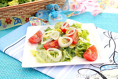 A fresh salad with tomatoes