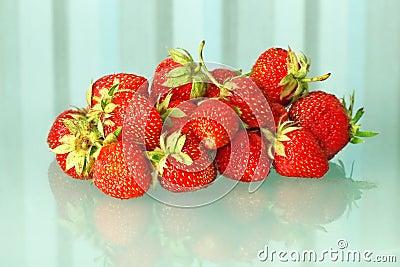 Fresh strawberries heap.