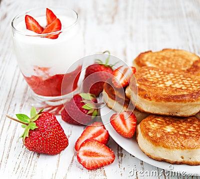 Free Fresh Strawberries  Pancakes And Yogurt Stock Photo - 36083790
