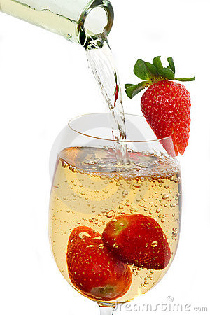 Free Fresh Strawberry Fruit In A Glass Of Wine Stock Images - 10631074