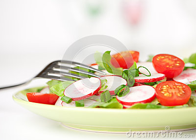 Fresh tomatoes and radish