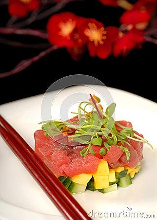 Fresh tuna, mango and cucumber tartare