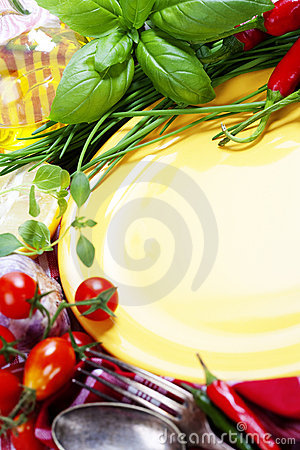Free Fresh Vegetables And Empty Plate (for Your Text) Stock Image - 20649311