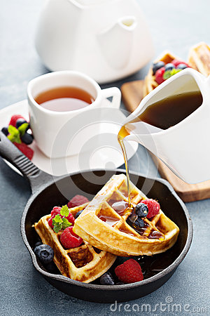 Free Freshly Baked Waffles With Berries For Breakfast Stock Photos - 66177453