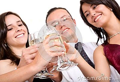 Freunde an einer Party