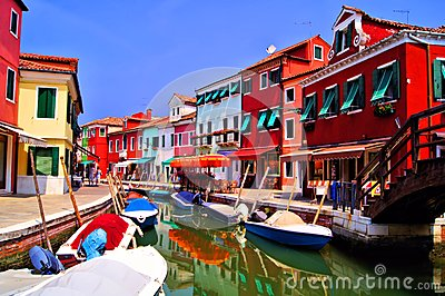 Färgrika Burano, Italien
