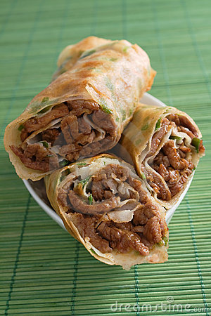 Fried Chinese Beef Rolls