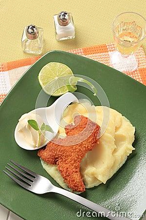 Free Fried Fish And Mashed Potato Royalty Free Stock Photography - 19840237